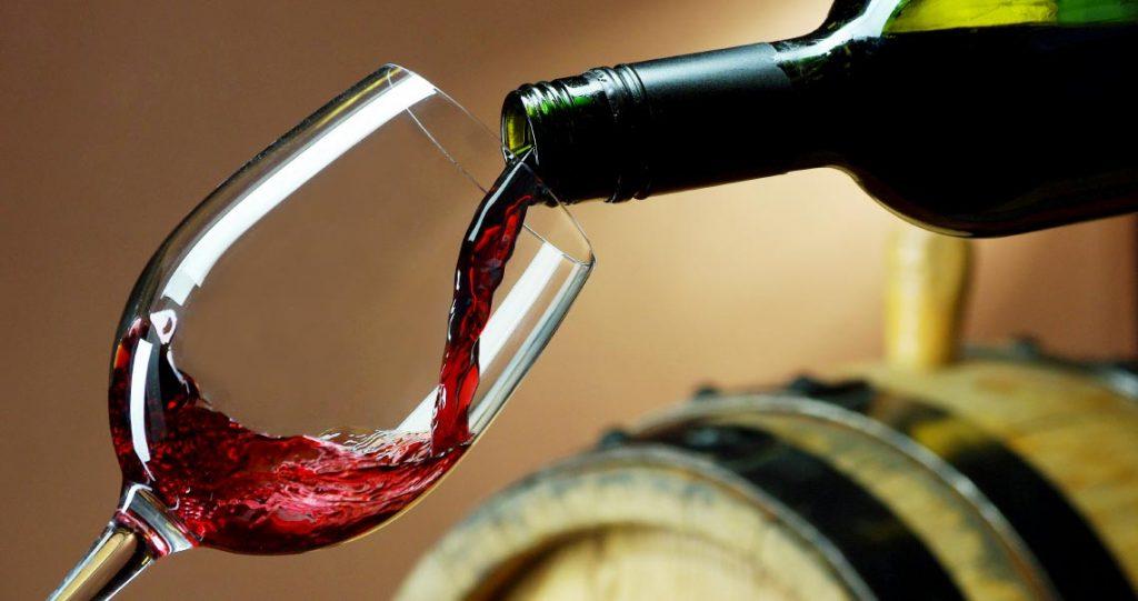 ข้อดีของการดื่มไวน์ คนรักไวน์ต้องรู้